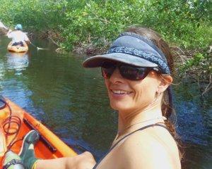 Andi kayak mangrove utila
